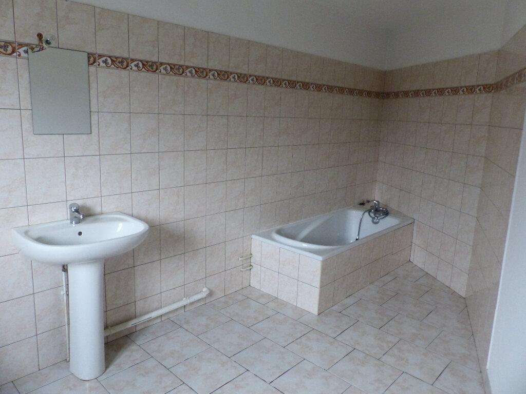 Maison à louer 5 123m2 à Beaulieu-sur-Loire vignette-7