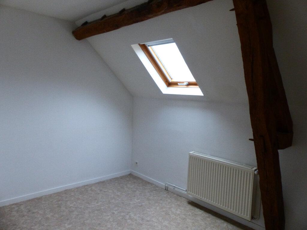 Maison à louer 5 123m2 à Beaulieu-sur-Loire vignette-9