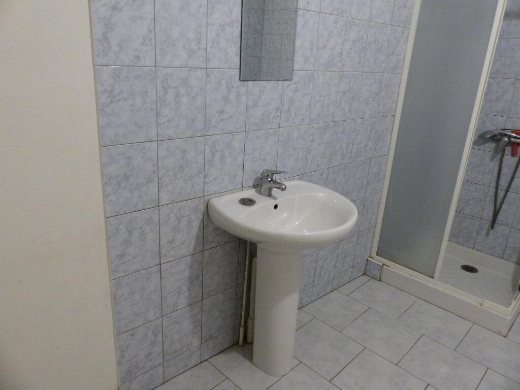 Maison à louer 5 123m2 à Beaulieu-sur-Loire vignette-13