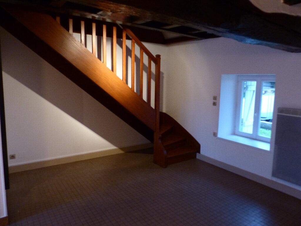 Maison à louer 2 50m2 à Saint-Andelain vignette-1