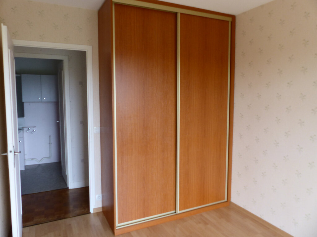 Appartement à louer 2 43m2 à Cosne-Cours-sur-Loire vignette-11