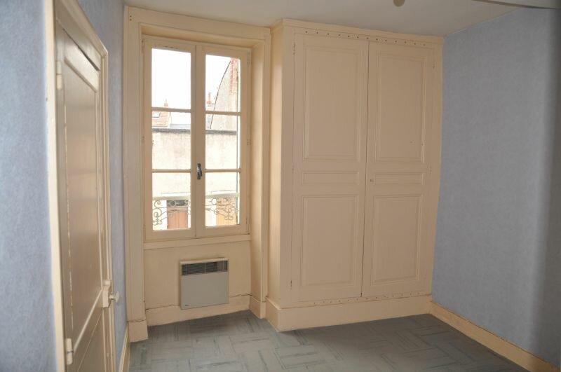 Appartement à louer 3 45m2 à Cosne-Cours-sur-Loire vignette-4