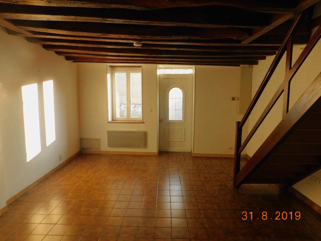 Maison à louer 3 58m2 à Pouilly-sur-Loire vignette-2