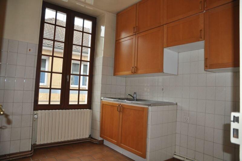 Appartement à louer 2 50m2 à Cosne-Cours-sur-Loire vignette-3