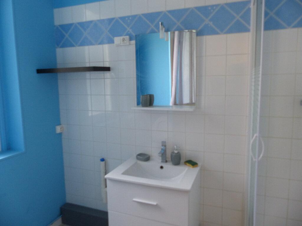 Appartement à louer 3 62m2 à Cosne-Cours-sur-Loire vignette-6