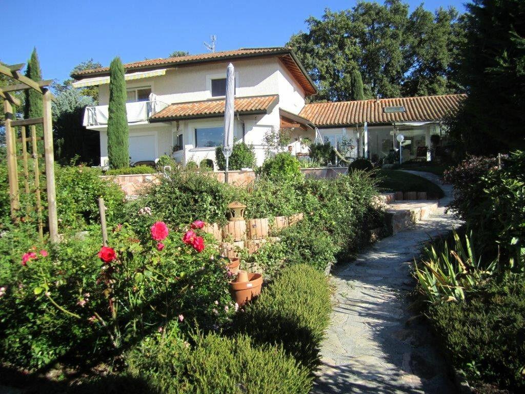 Maison à vendre 7 183m2 à Chens-sur-Léman vignette-2
