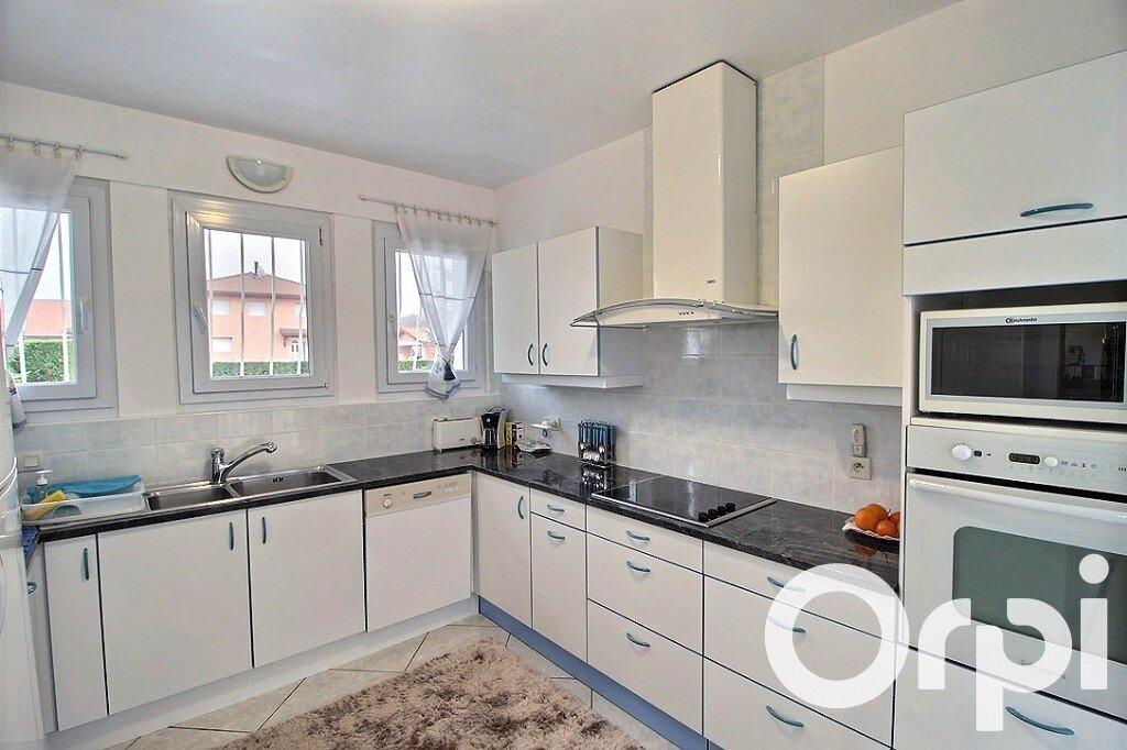 Maison à vendre 4 120m2 à Messery vignette-3