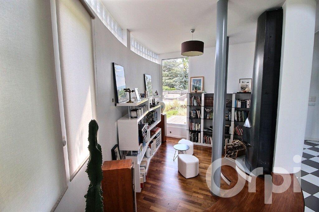 Maison à vendre 9 250m2 à Nernier vignette-4