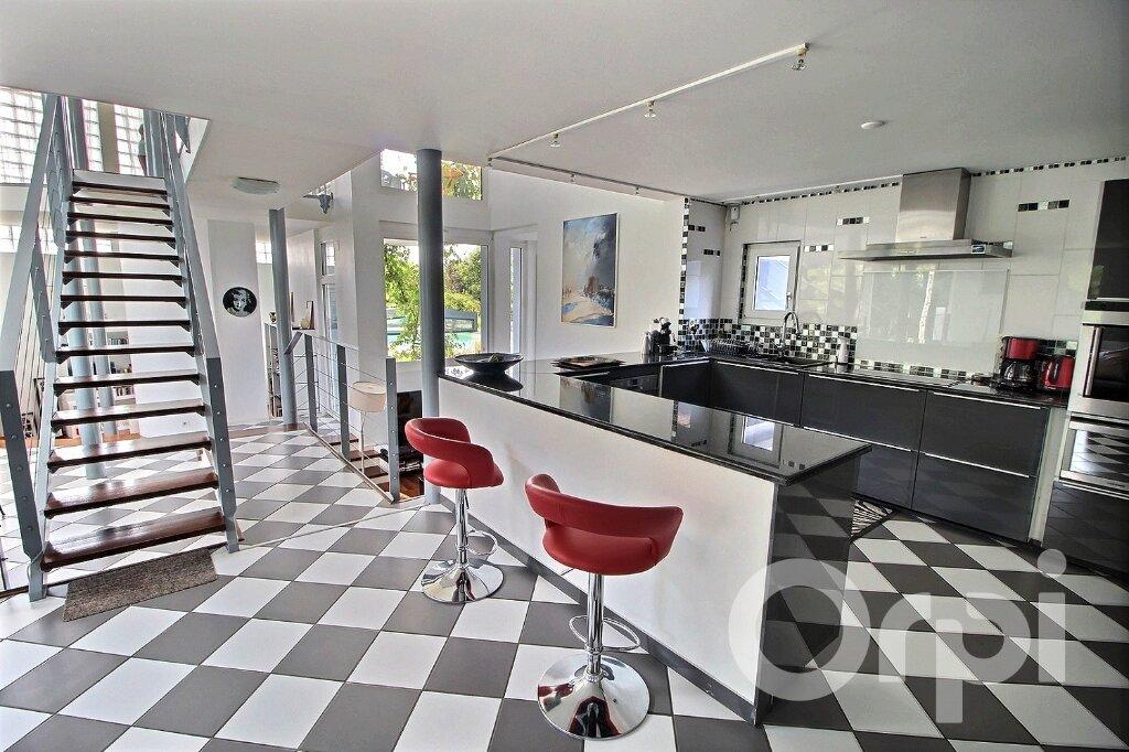 Maison à vendre 9 250m2 à Nernier vignette-5