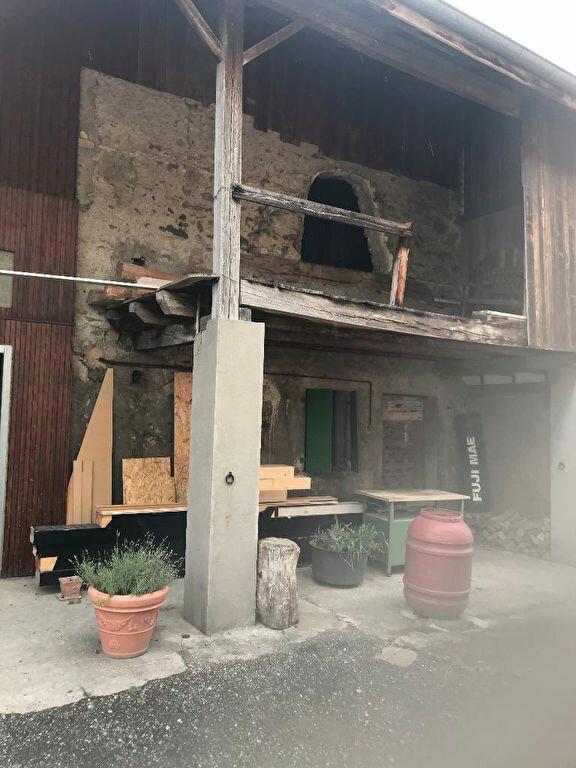 Maison à vendre 0 240m2 à Bons-en-Chablais vignette-1