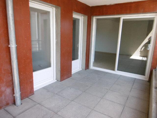 Appartement à louer 3 65.81m2 à Le Pontet vignette-1