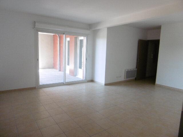 Appartement à louer 3 65.81m2 à Le Pontet vignette-2