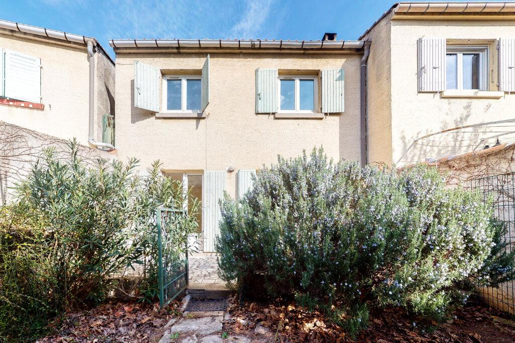 Maison à vendre 5 88.6m2 à Montfavet - Avignon vignette-1