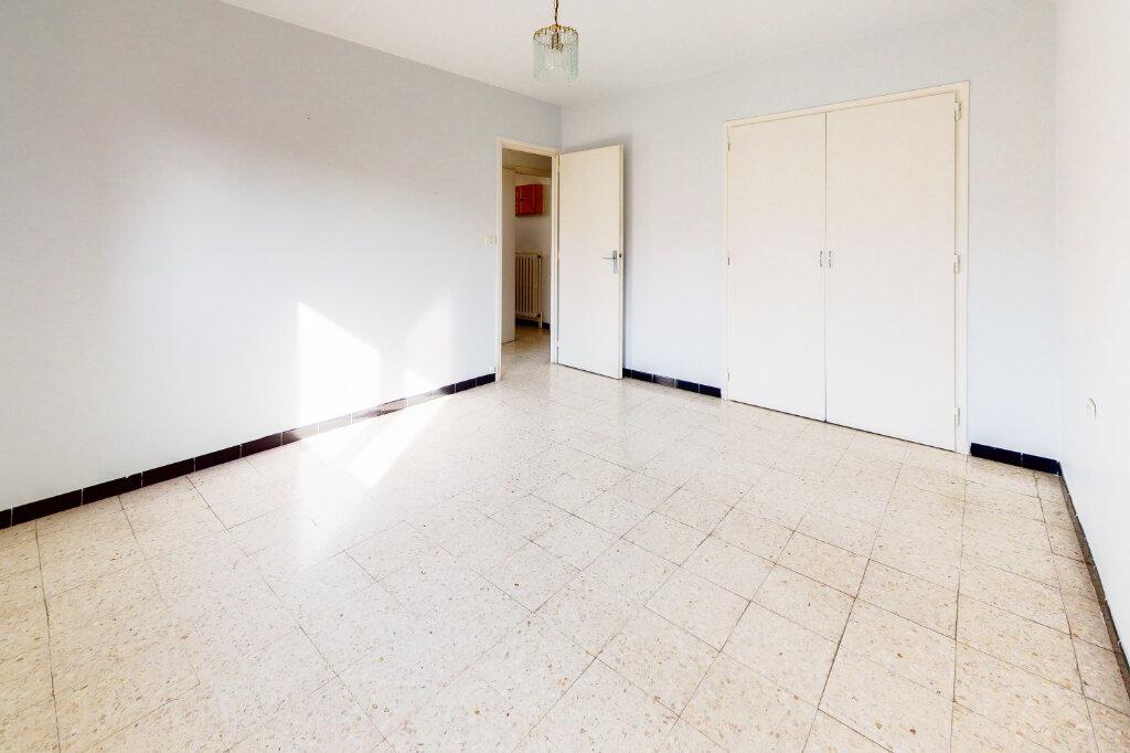 Maison à vendre 5 88.6m2 à Montfavet - Avignon vignette-6