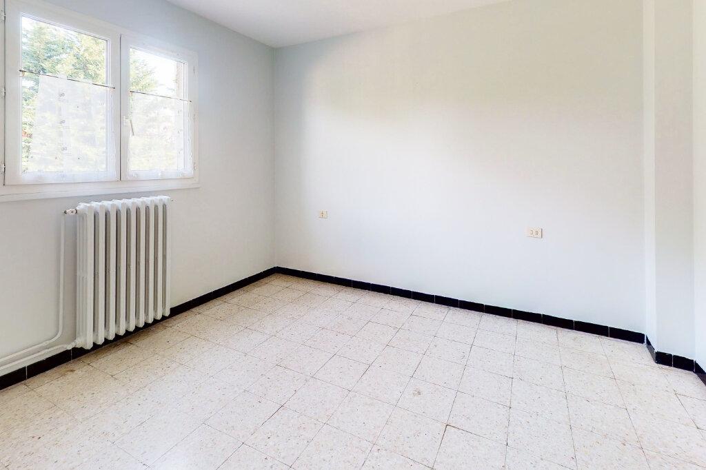 Maison à vendre 5 88.6m2 à Montfavet - Avignon vignette-7