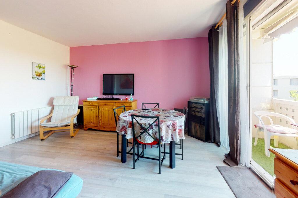 Appartement à vendre 3 54.82m2 à Avignon vignette-2