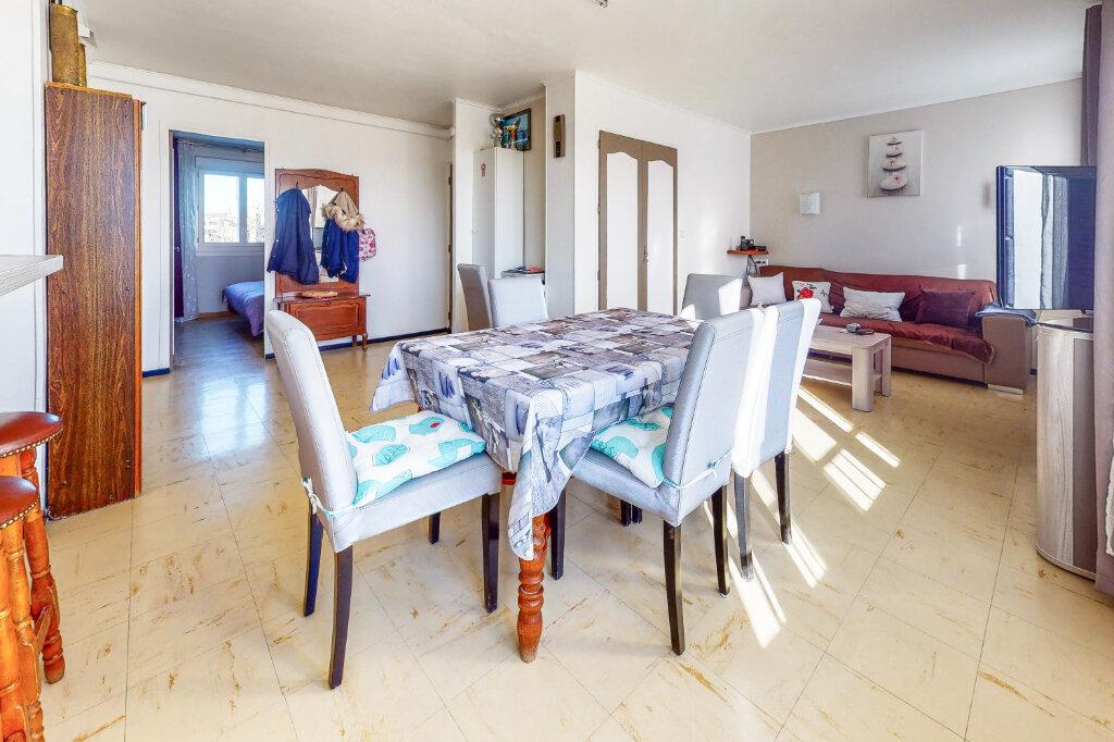 Appartement à vendre 3 58.6m2 à Avignon vignette-2