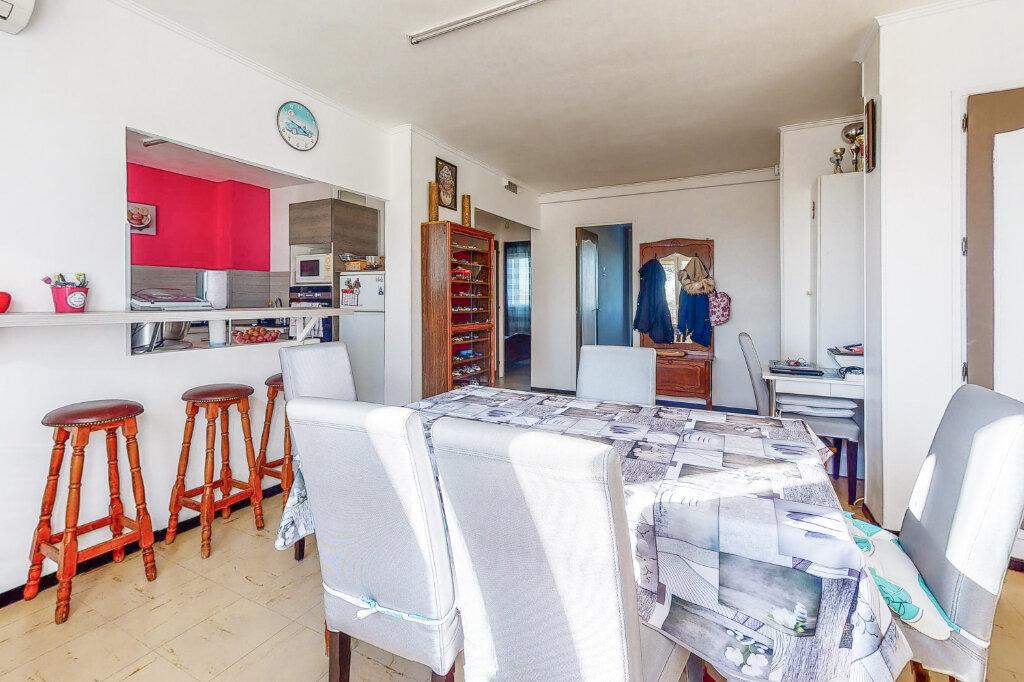 Appartement à vendre 3 58.6m2 à Avignon vignette-3