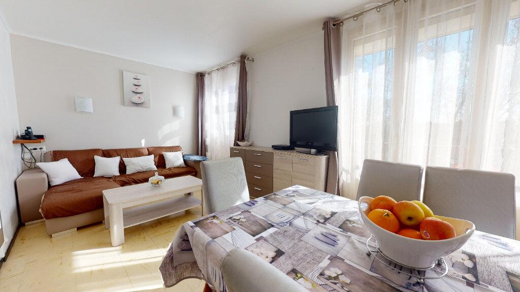 Appartement à vendre 3 58.6m2 à Avignon vignette-4