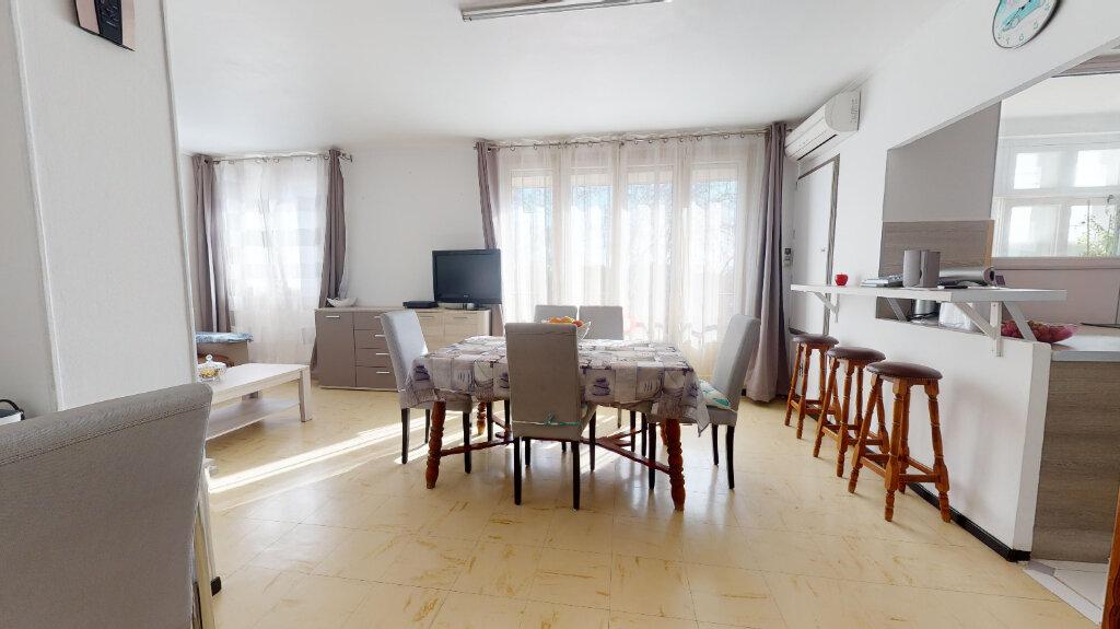Appartement à vendre 3 58.6m2 à Avignon vignette-5