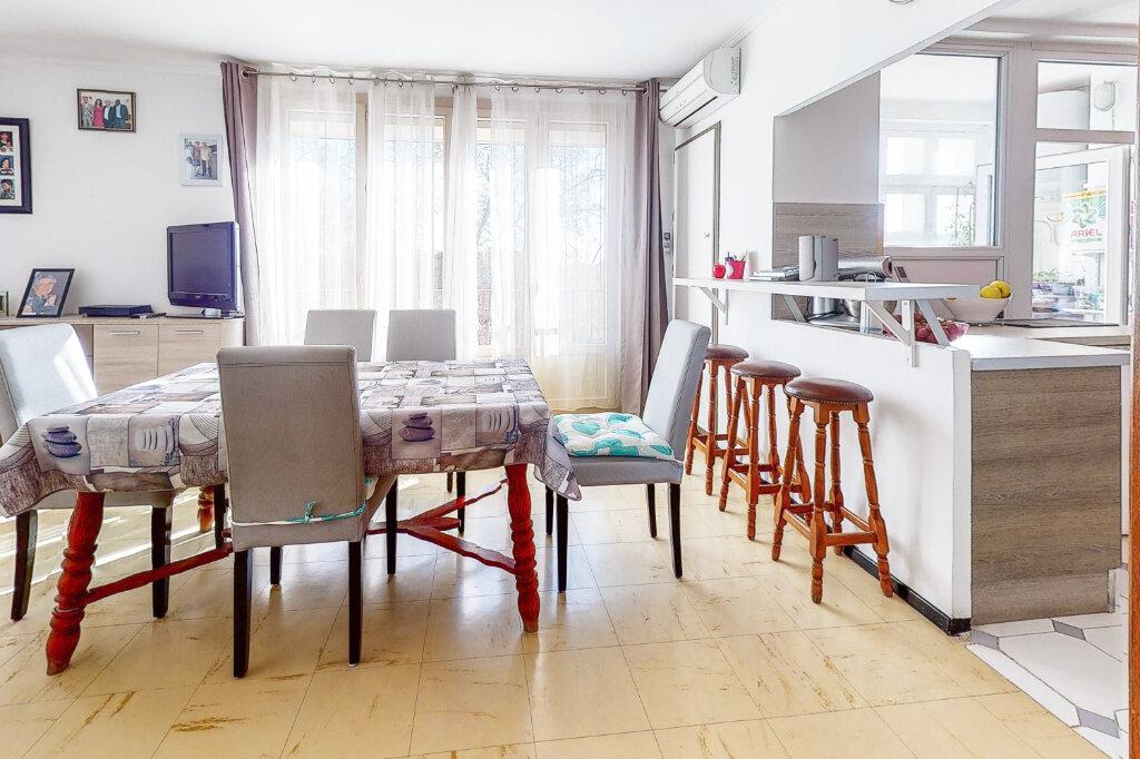 Appartement à vendre 3 58.6m2 à Avignon vignette-6