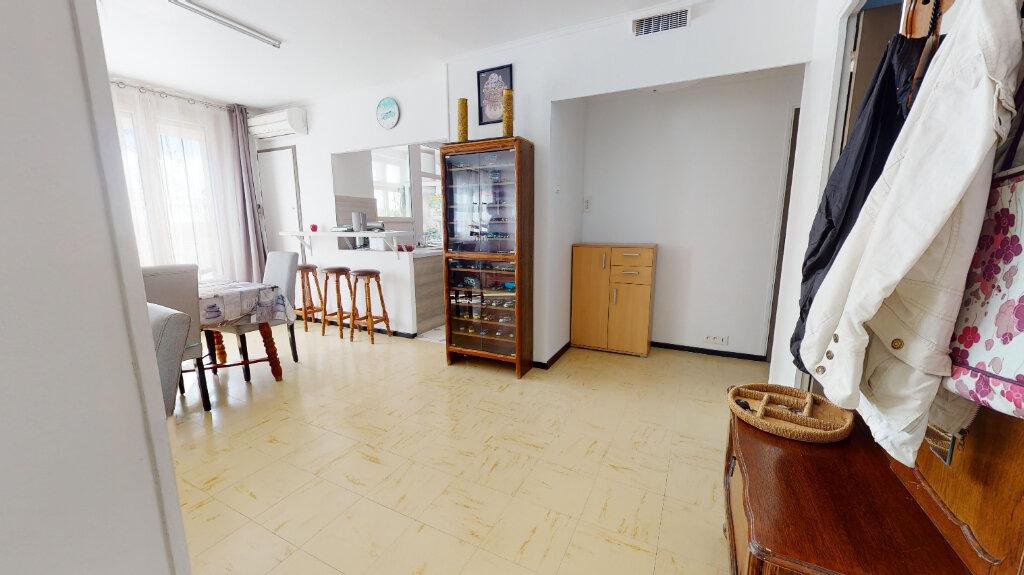 Appartement à vendre 3 58.6m2 à Avignon vignette-14