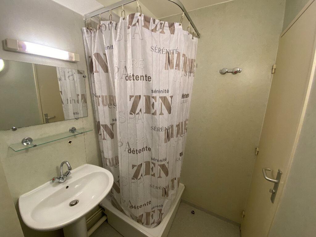 Appartement à louer 1 22m2 à Nancy vignette-5