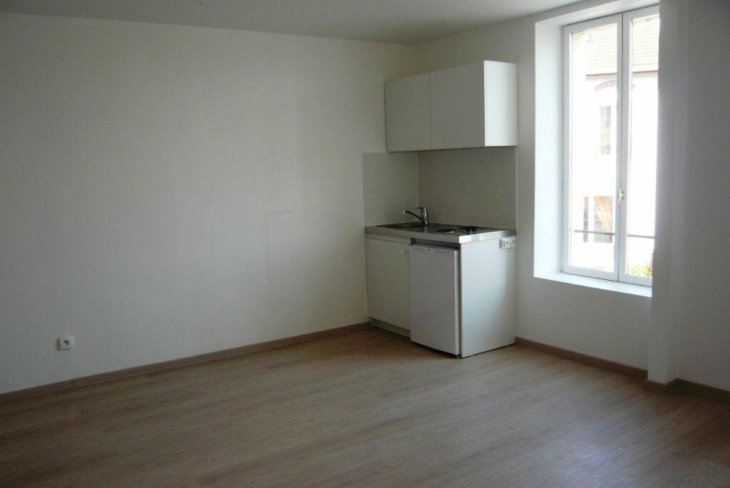 Appartement à louer 1 31m2 à Nancy vignette-4