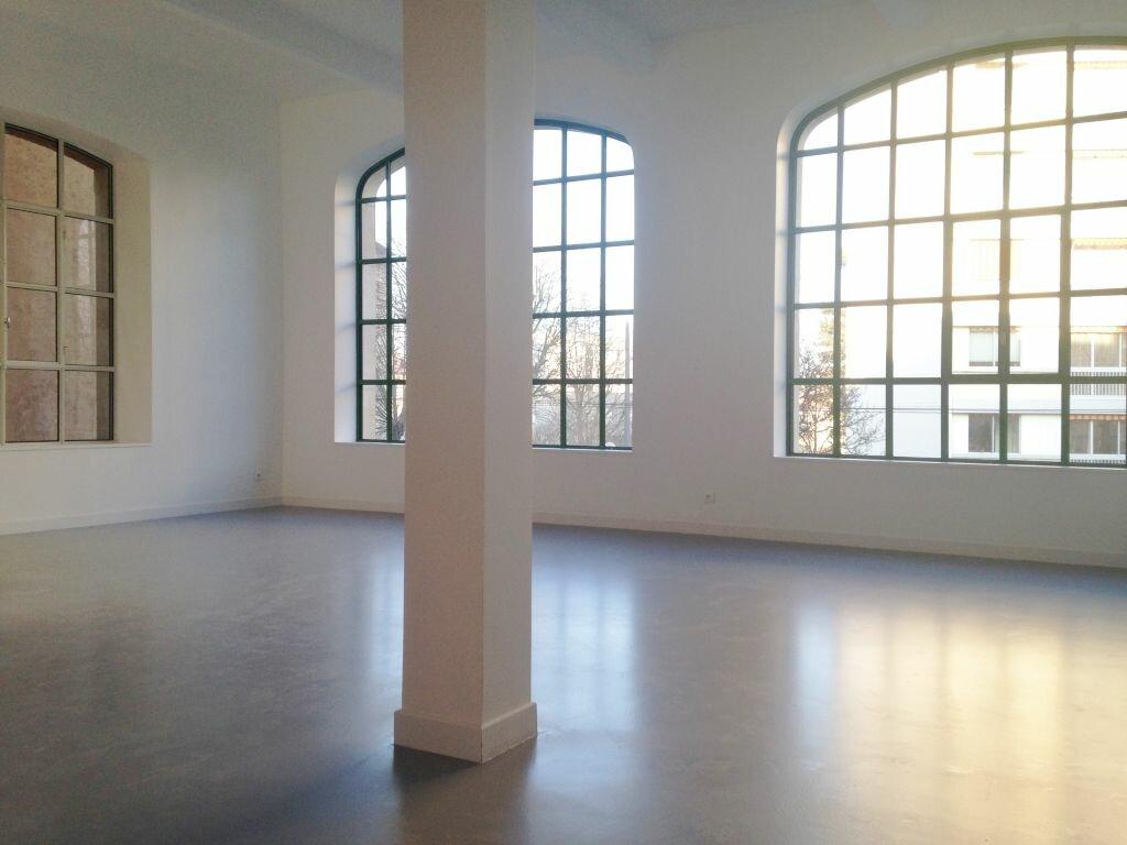 Appartement à louer 3 105m2 à Nancy vignette-1