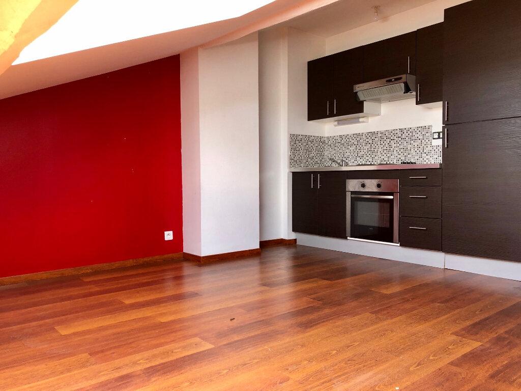 Appartement à louer 2 45m2 à Nancy vignette-1