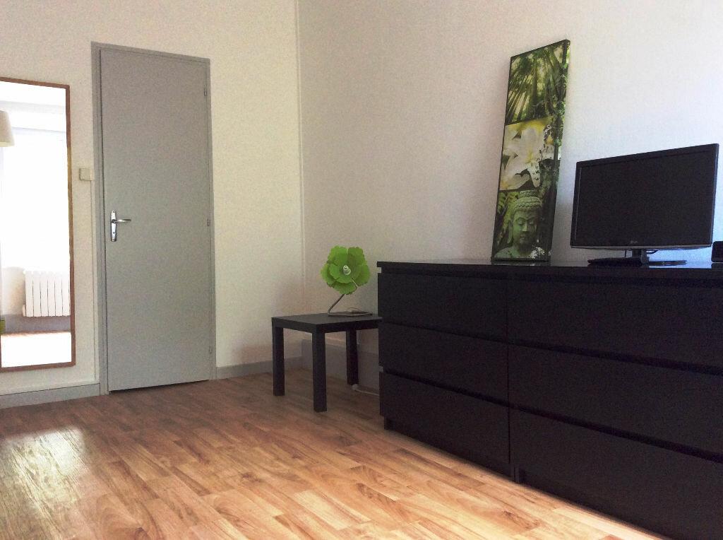 Appartement à louer 2 32m2 à Nancy vignette-4