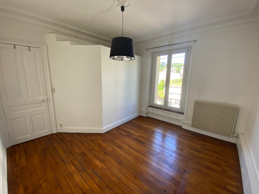 Appartement à louer 5 126m2 à Nancy vignette-9