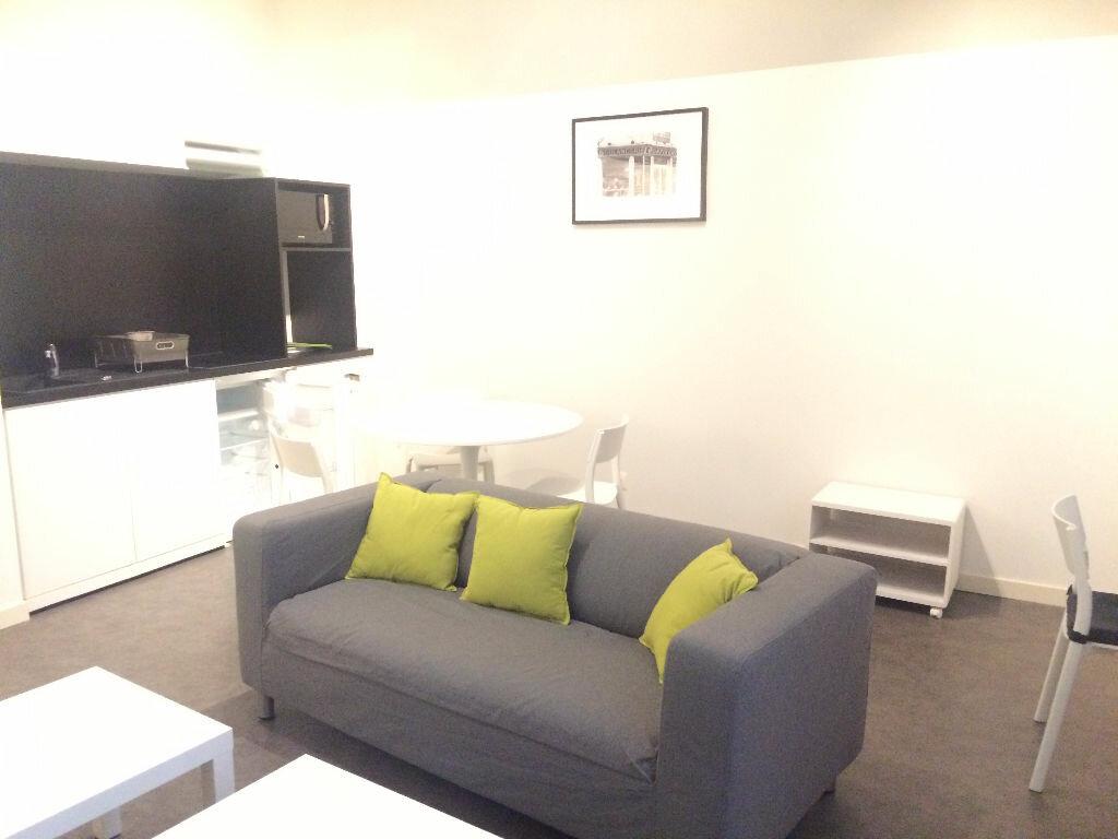 Appartement à louer 2 38m2 à Nancy vignette-1