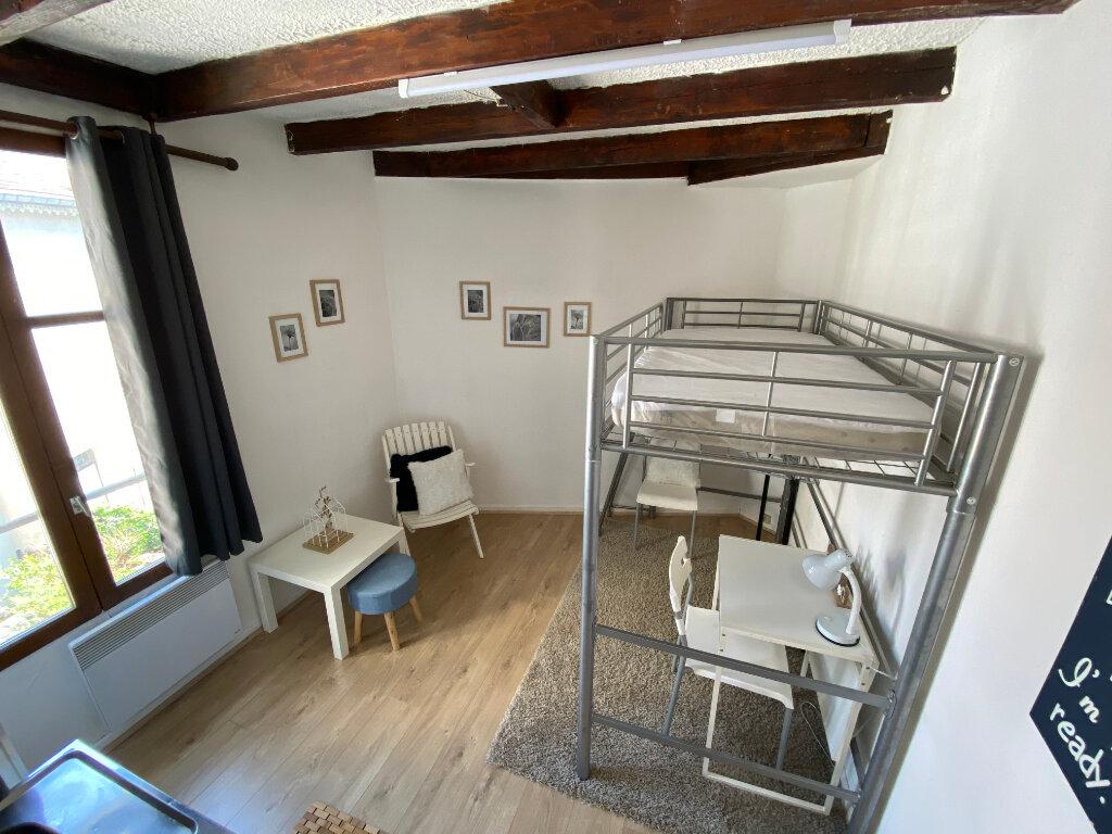 Appartement à louer 1 14m2 à Nancy vignette-1