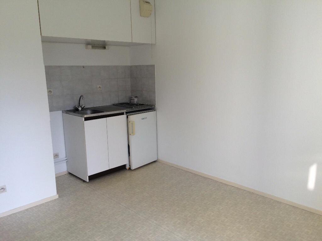 Appartement à louer 1 18.79m2 à Vandoeuvre-lès-Nancy vignette-3