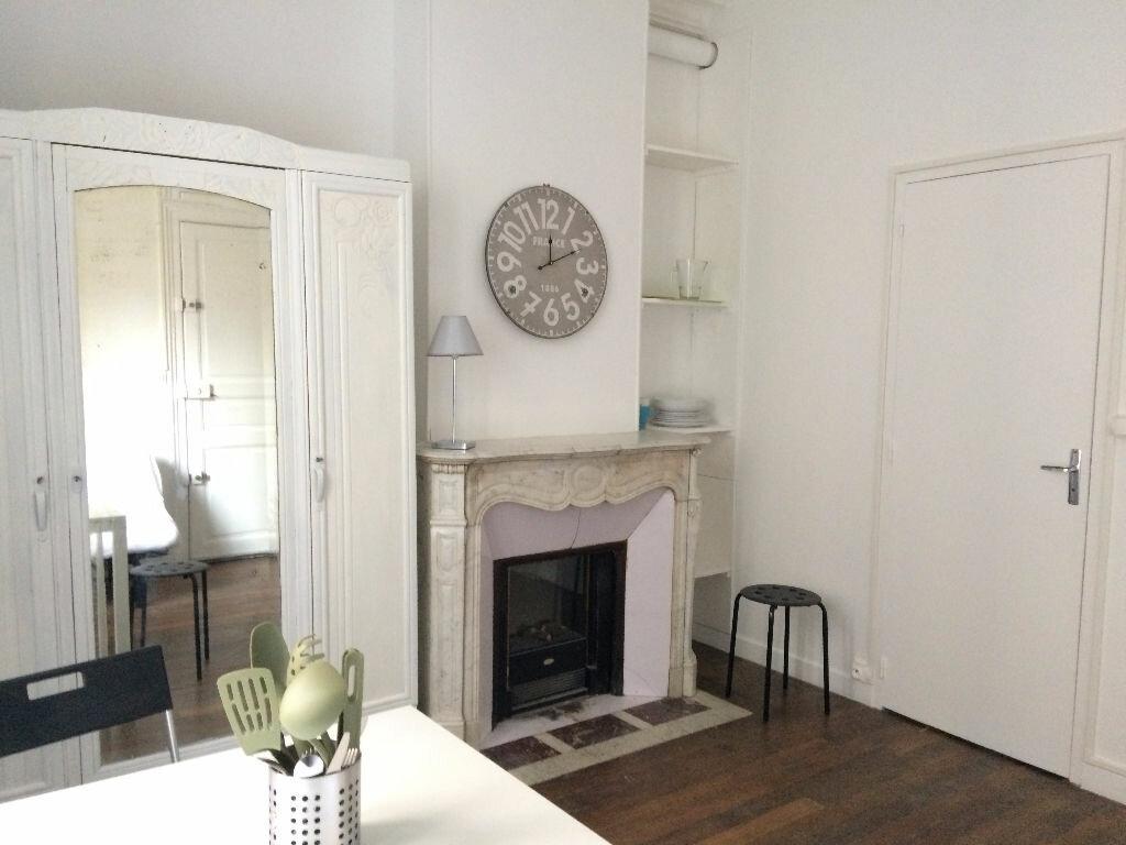 Appartement à louer 1 16m2 à Nancy vignette-2