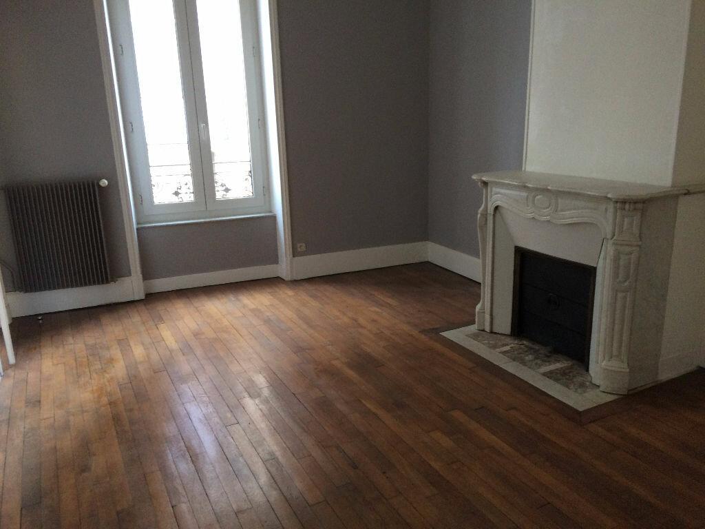 Appartement à louer 4 80m2 à Nancy vignette-4
