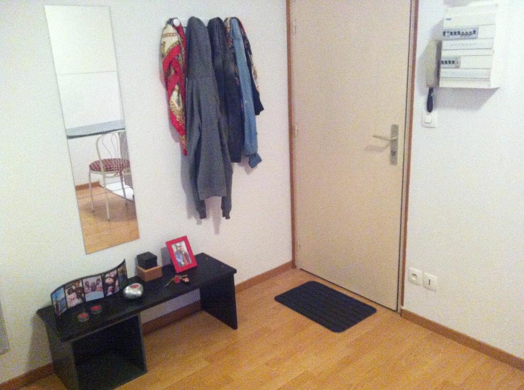 Appartement à louer 1 28m2 à Nancy vignette-5