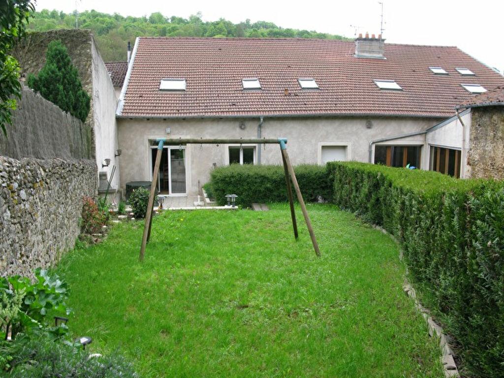 Maison à vendre 5 136m2 à Chavigny vignette-2