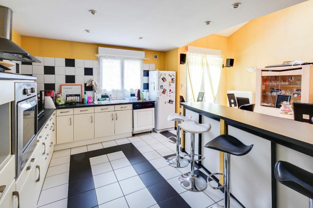 Maison à vendre 5 136m2 à Chavigny vignette-8