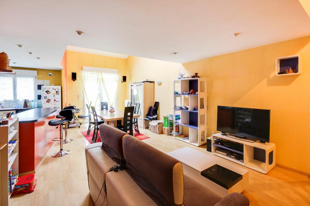 Maison à vendre 5 136m2 à Chavigny vignette-16
