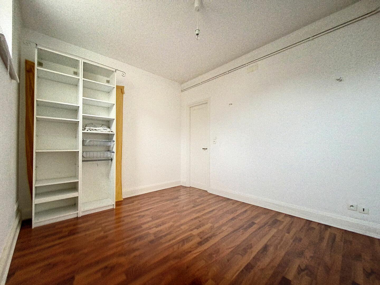 Appartement à louer 3 98m2 à Nancy vignette-3
