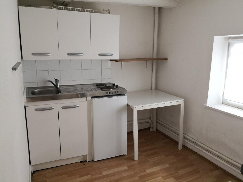 Appartement à louer 1 30m2 à Nancy vignette-2