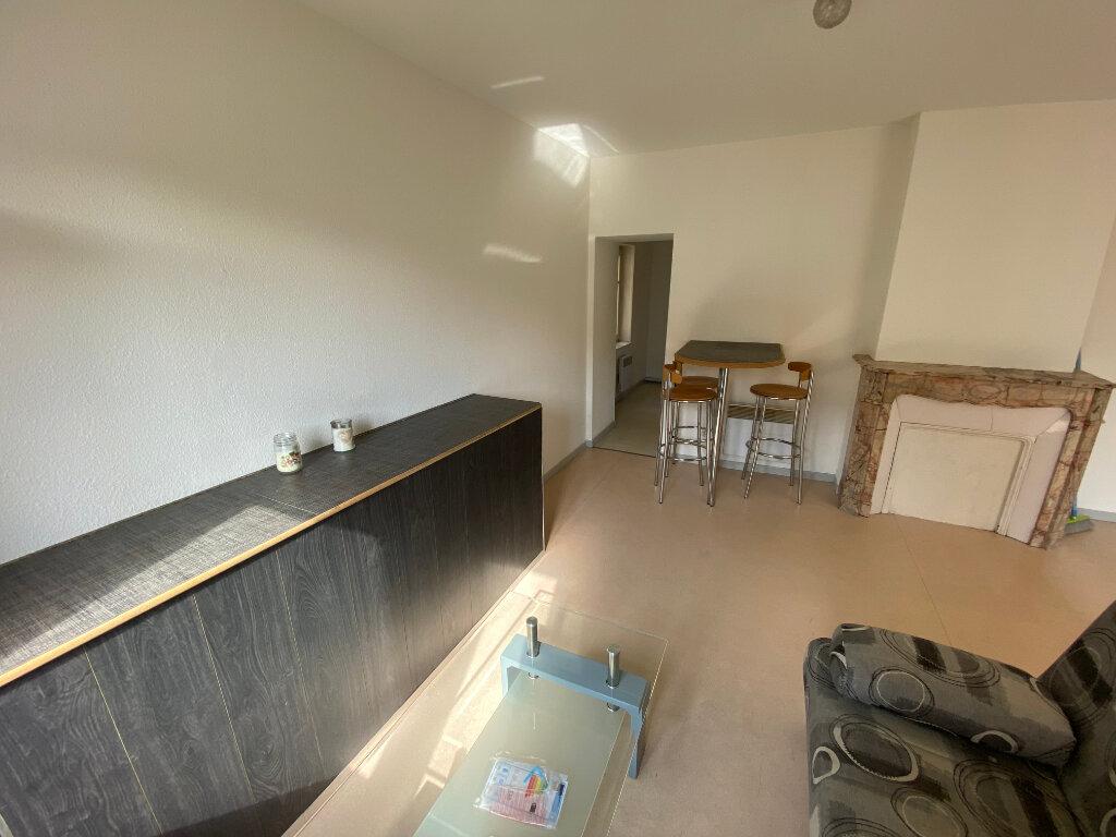 Appartement à louer 1 25m2 à Nancy vignette-3
