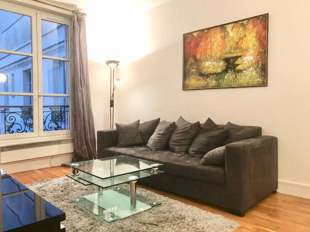 Appartement à louer 2 43m2 à Paris 16 vignette-1