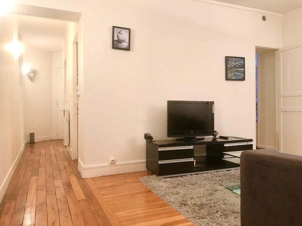 Appartement à louer 2 43m2 à Paris 16 vignette-6