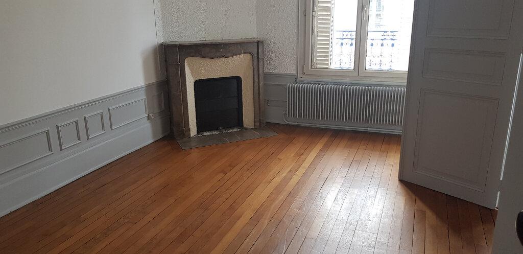 Appartement à louer 4 73m2 à Nancy vignette-1