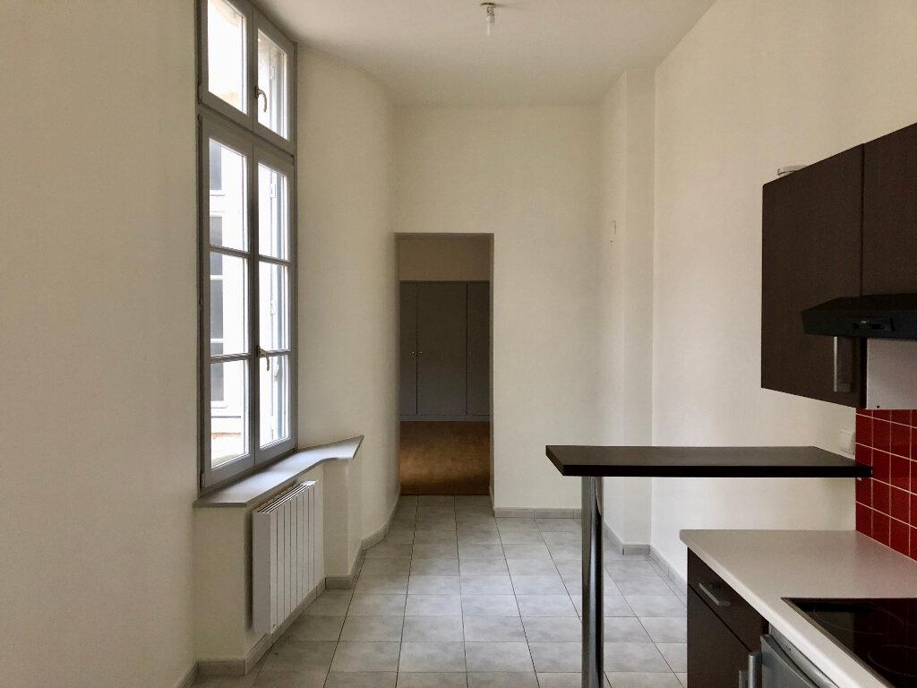 Appartement à louer 2 68m2 à Nancy vignette-3
