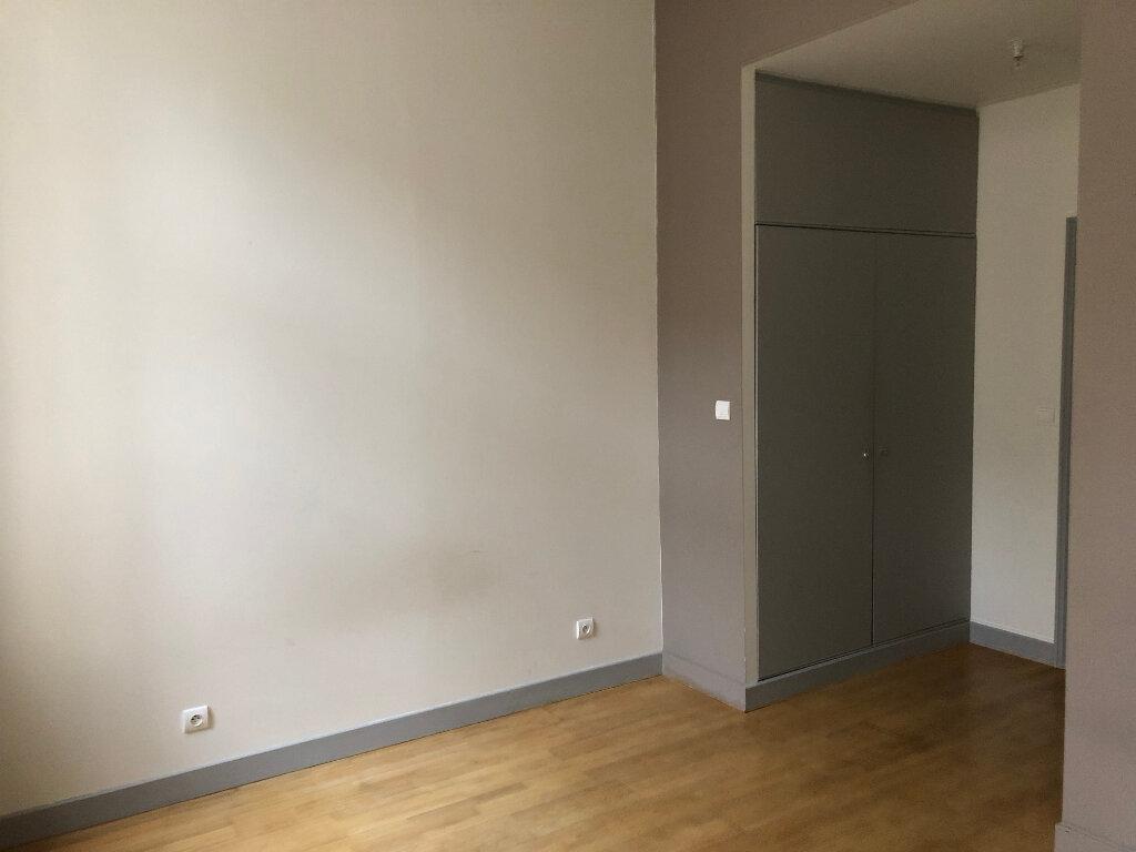 Appartement à louer 2 68m2 à Nancy vignette-9