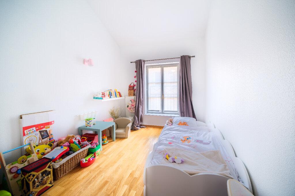 Appartement à vendre 5 107m2 à Nancy vignette-4
